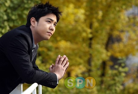 http://blueterritory.files.wordpress.com/2010/05/20100522_kangin_1-460x316.jpg